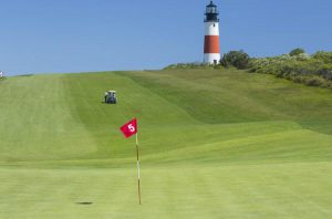 5th Hole of Sankaty Head Golf Club with Sakaty Head light in background